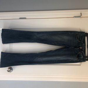 AMercian Eagle skinny kick jeans